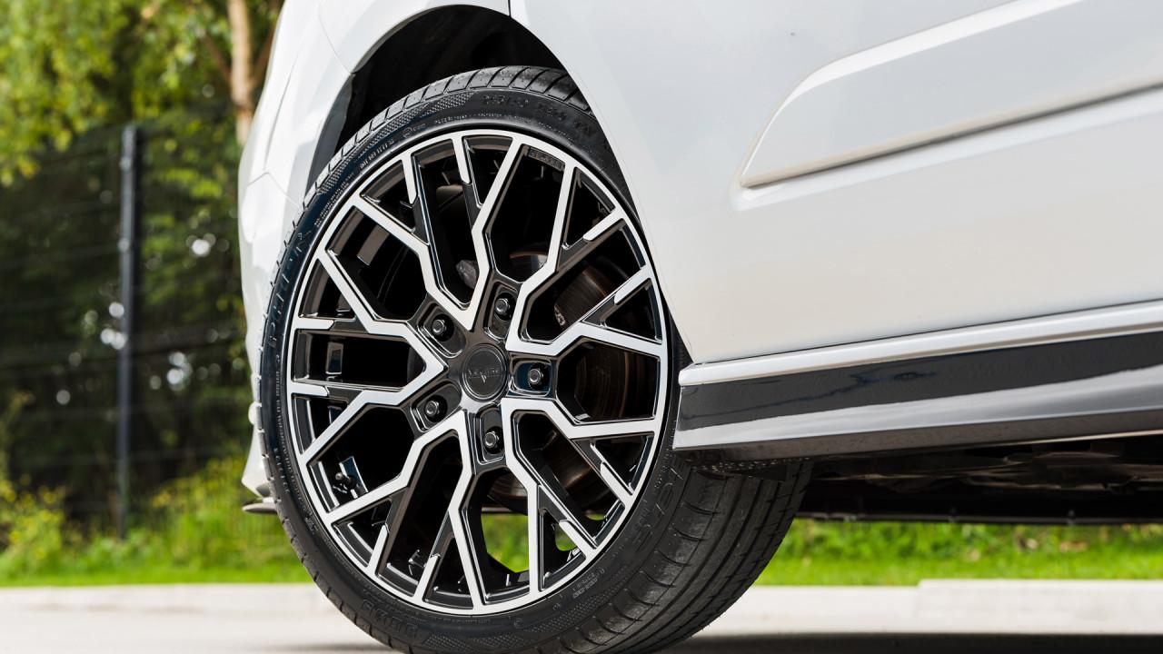 Ford Transit Velare Wheels VLR T Diamond Black Machined Face 27